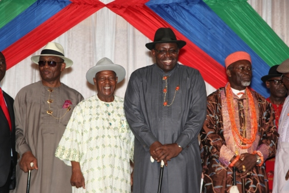 Bayelsa State Governor, Hon. Seriake Dickson (2ndright) his Deputy, Rear Admiral Gboribiogha John Jonah (left) Amayanabo of Nembe, HRM. King Edmund Daukoru (right) pose with the Chairman of the newly inaugurated Bayelsa State Development And Investment Corporation, Amb. Lawrence Epkebu  (2ndleft) at Government House in Yenagoa.Photo by Lucky Francis.